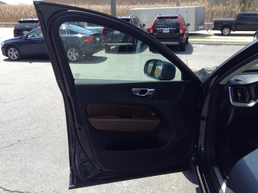 Used Volvo XC60 T5 AWD Inscription 2018   Eurocars Plus. Groton, Connecticut