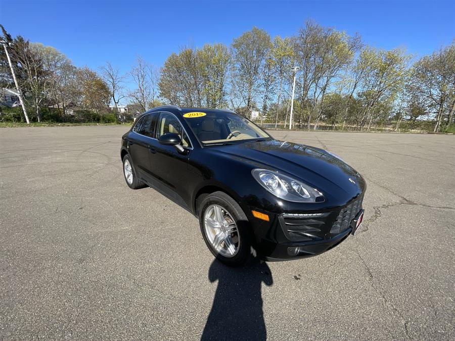 Used 2015 Porsche Macan in Stratford, Connecticut | Wiz Leasing Inc. Stratford, Connecticut