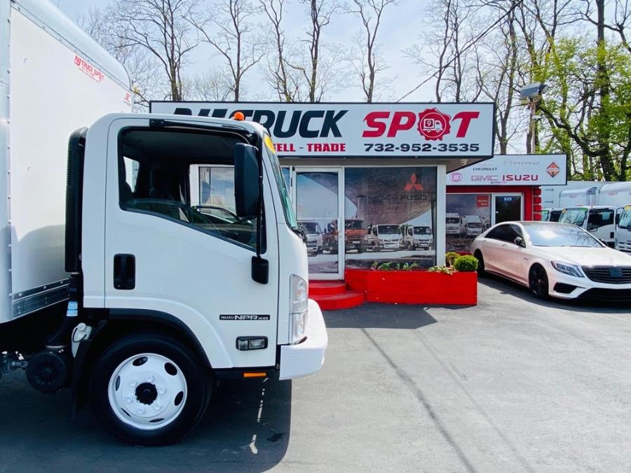 Used Isuzu NPR XD DSL REG AT 16 FEET DRY BOX + NO CDL 2015   NJ Truck Spot. South Amboy, New Jersey