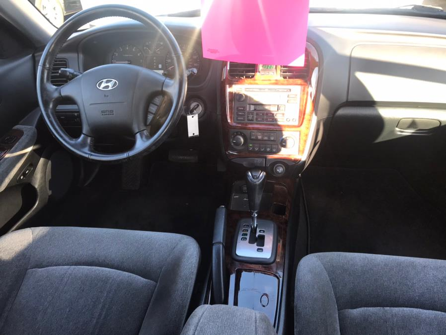 Used Hyundai Sonata 4dr Sdn GLS V6 Auto *Ltd Avail* 2005 | Auto Drive Sales And Service. Berlin, Connecticut