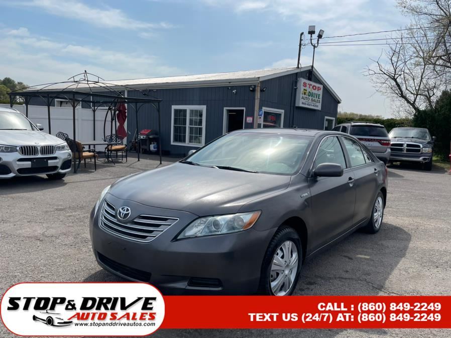 Used 2009 Toyota Camry Hybrid in East Windsor, Connecticut | Stop & Drive Auto Sales. East Windsor, Connecticut
