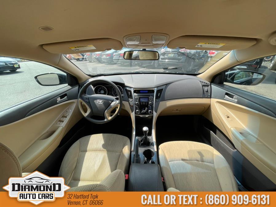 Used Hyundai Sonata 4dr Sdn 2.4L Man GLS 2011 | Diamond Auto Cars LLC. Vernon, Connecticut