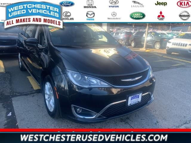 Used Chrysler Pacifica Touring L Plus FWD 2018 | Apex Westchester Used Vehicles. White Plains, New York