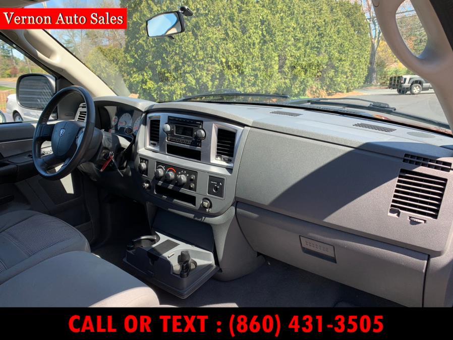 "Used Dodge Ram 1500 4WD Reg Cab 140.5"" SLT 2007 | Vernon Auto Sale & Service. Manchester, Connecticut"