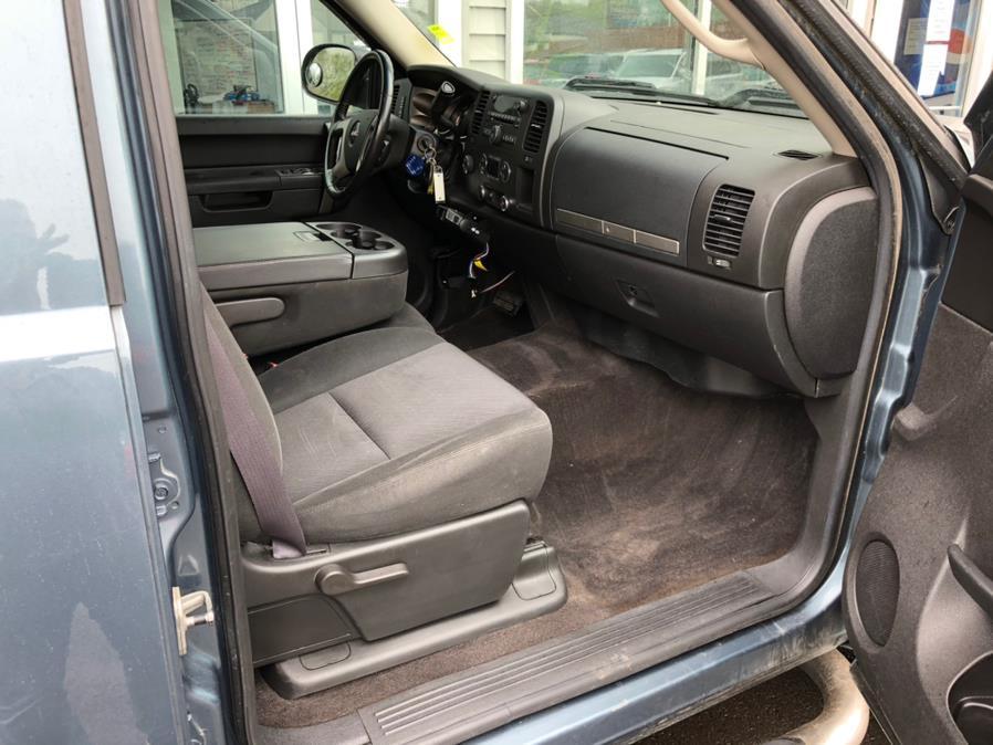 "Used GMC Sierra 1500 4WD Crew Cab 143.5"" SLE 2011 | Chris's Auto Clinic. Plainville, Connecticut"