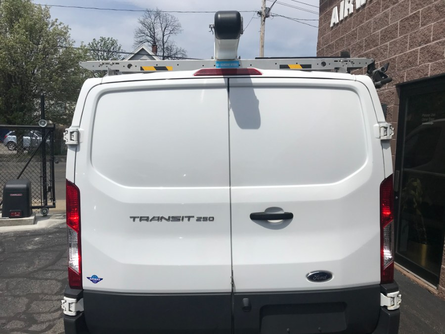 "Used Ford Transit Van T-250 130"" Low Rf 9000 GVWR Swing-Out RH Dr 2017 | Airway Motors. Bridgeport, Connecticut"