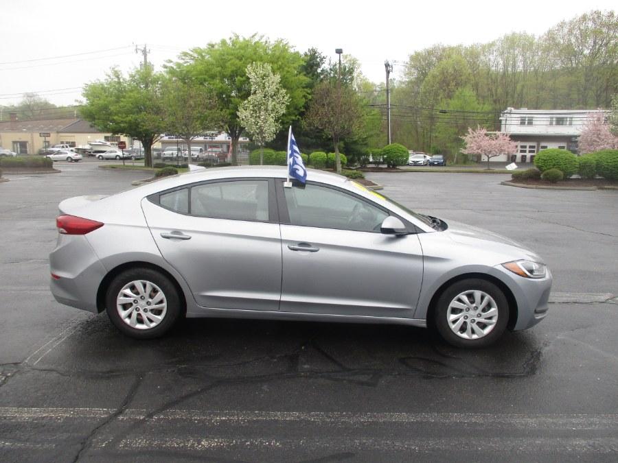 Used Hyundai Elantra SE 2.0L Auto 2017 | Universal Motors LLC. New Britain, Connecticut