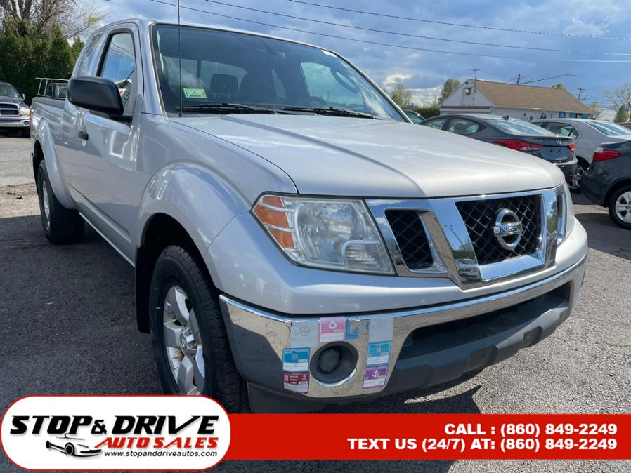 Used Nissan Frontier 4WD King Cab Auto SV 2011 | Stop & Drive Auto Sales. East Windsor, Connecticut