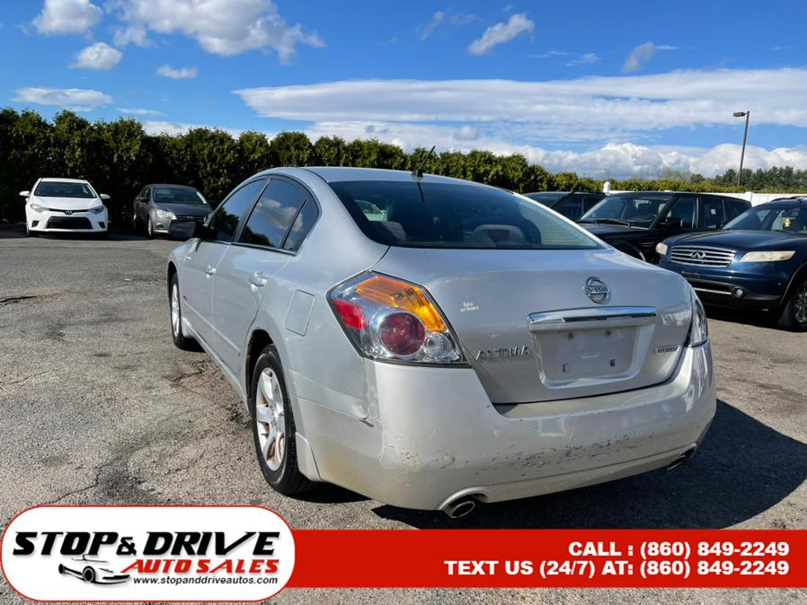 Used Nissan Altima 4dr Sdn I4 eCVT Hybrid 2008 | Stop & Drive Auto Sales. East Windsor, Connecticut