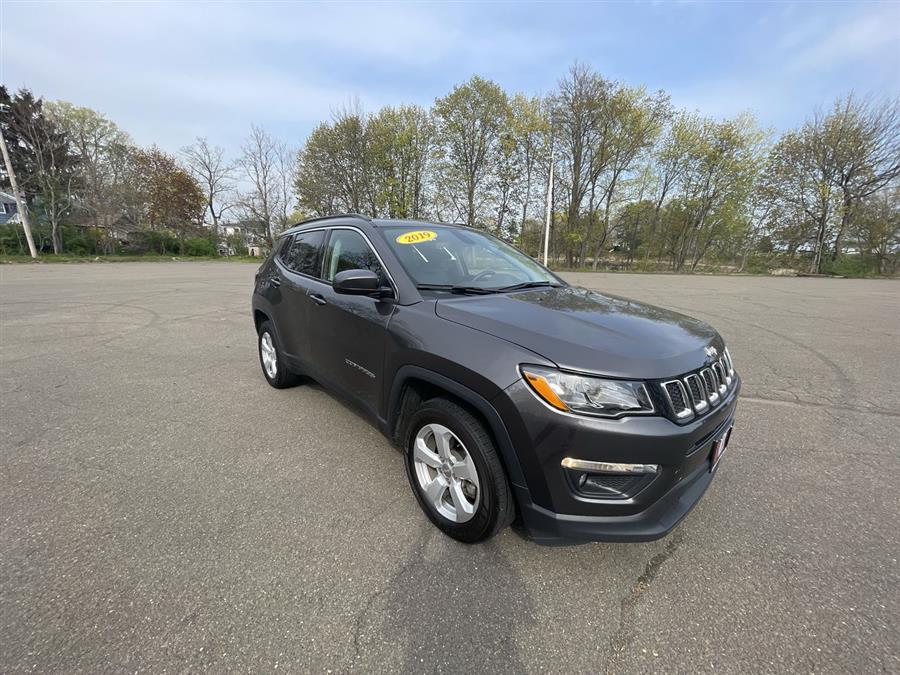 Used 2019 Jeep Compass in Stratford, Connecticut | Wiz Leasing Inc. Stratford, Connecticut