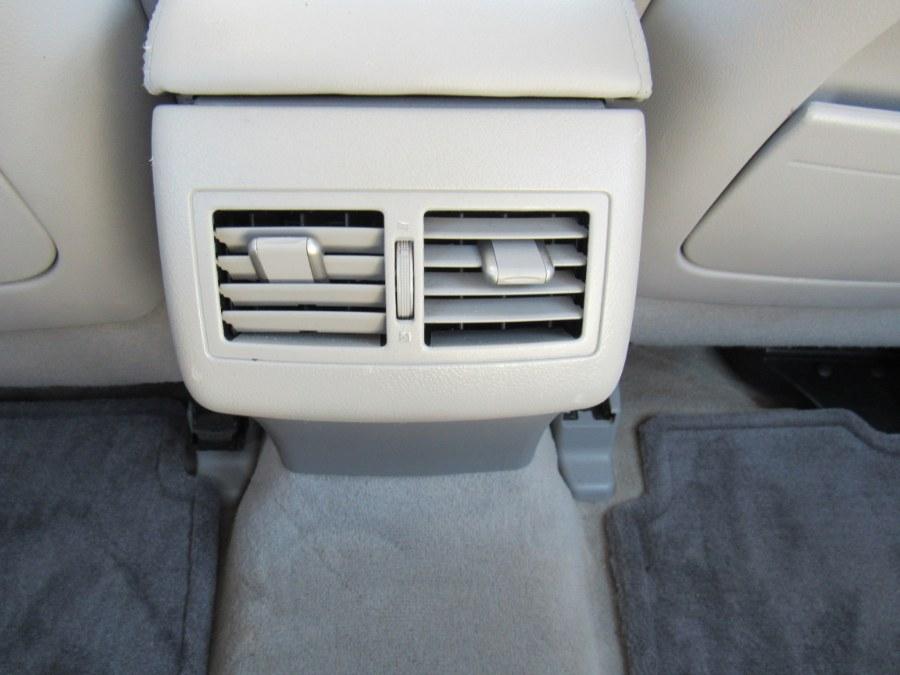 Used Toyota Camry XLE 2010 | Hilario's Auto Sales Inc.. Worcester, Massachusetts