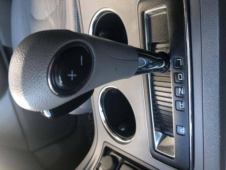 Used Chevrolet Traverse AWD 4dr LS 2015   Bristol Auto Center LLC. Bristol, Connecticut
