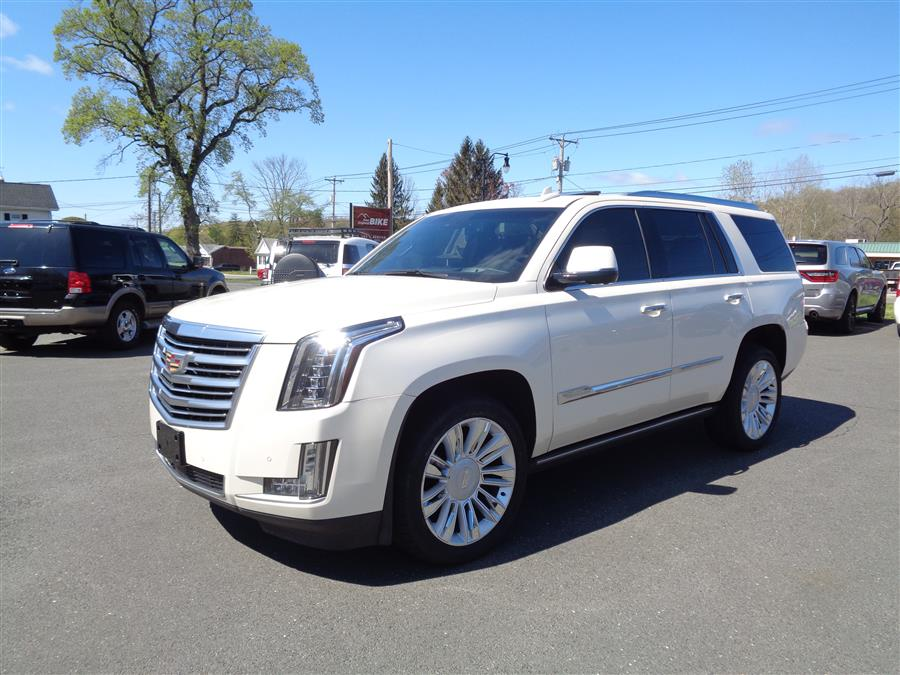 Used Cadillac Escalade 4WD 4dr Platinum 2015 | Country Auto Sales. Southwick, Massachusetts