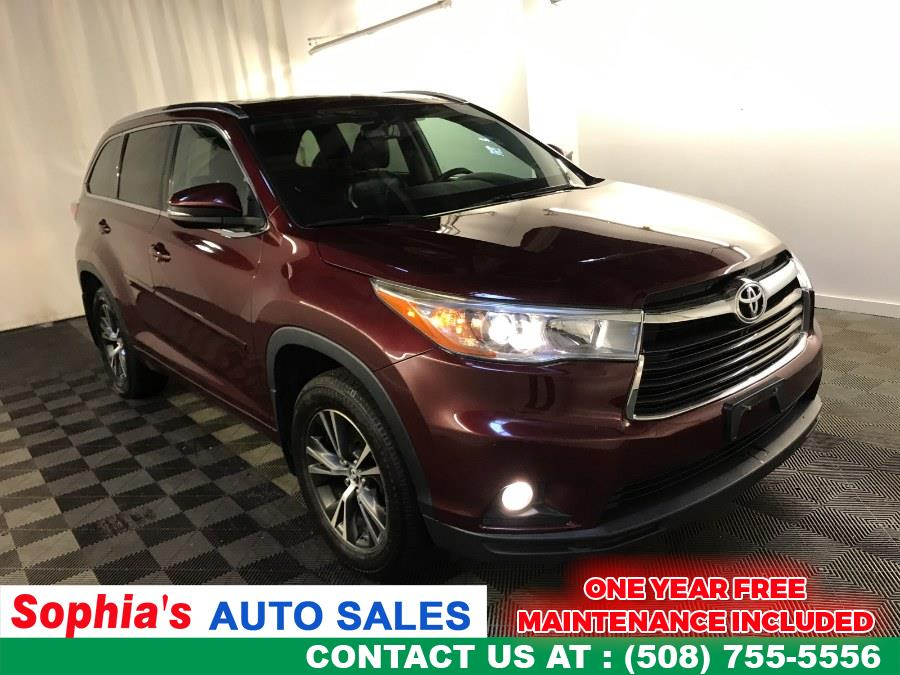 Used 2016 Toyota Highlander in Worcester, Massachusetts | Sophia's Auto Sales Inc. Worcester, Massachusetts