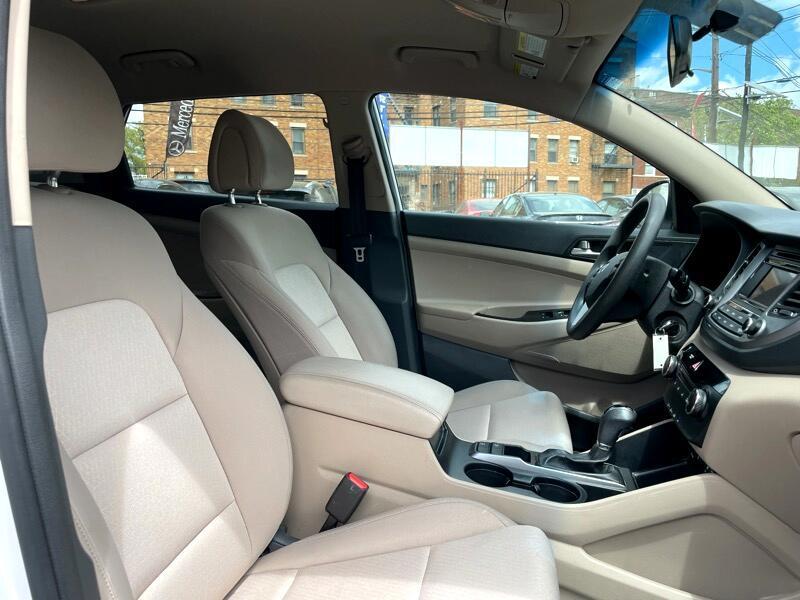 2018 Hyundai Tucson SE AWD photo
