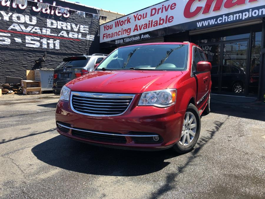 Used 2016 Chrysler Town & Country in Bronx, New York | Champion Auto Sales. Bronx, New York
