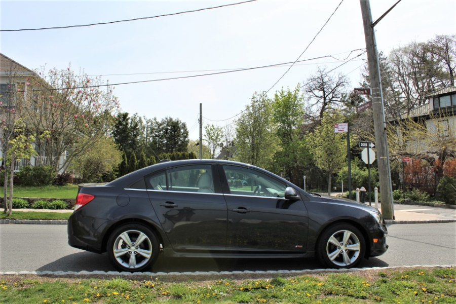 2016 Chevrolet Cruze Limited 4dr Sdn Auto LT w/2LT, available for sale in Great Neck, NY