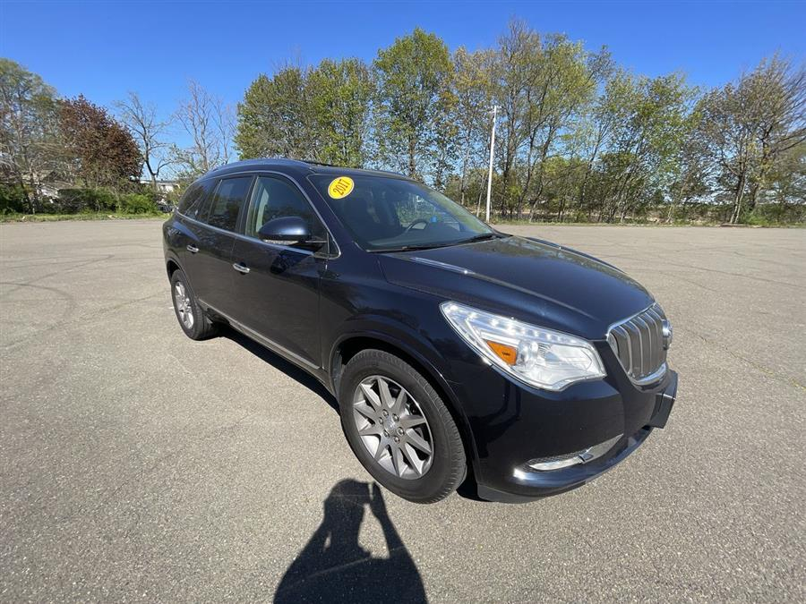 Used 2017 Buick Enclave in Stratford, Connecticut | Wiz Leasing Inc. Stratford, Connecticut