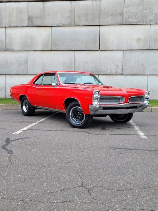Used Pontiac Tempest custom 1966 | Tony's Auto Sales. Waterbury, Connecticut