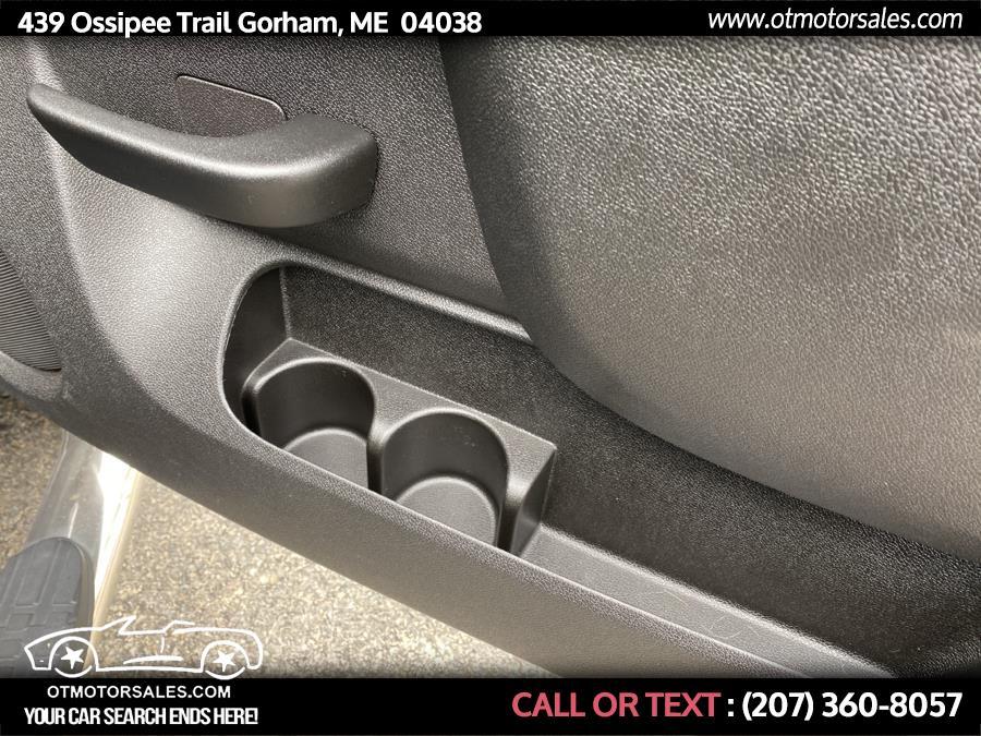 "Used Chevrolet Silverado 1500 4WD Reg Cab 119.0"" LT 2010   Ossipee Trail Motor Sales. Gorham, Maine"