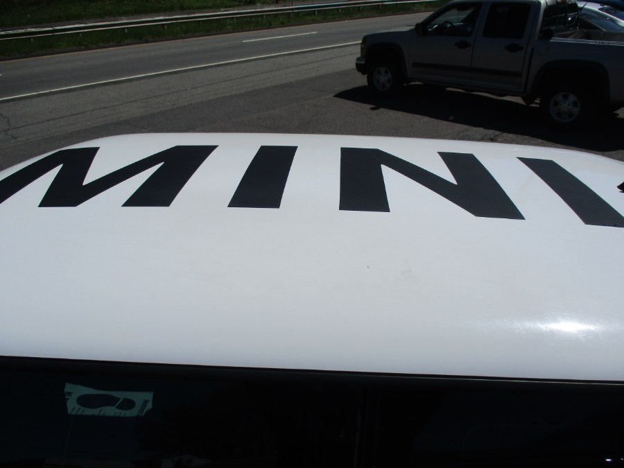 Used MINI Cooper Hardtop 2dr Cpe 2010   Cos Central Auto. Meriden, Connecticut