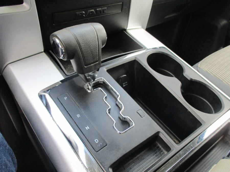 "Used Ram 1500 SLT 4WD Quad Cab 140.5"" Outdoorsman 2011 | Cos Central Auto. Meriden, Connecticut"