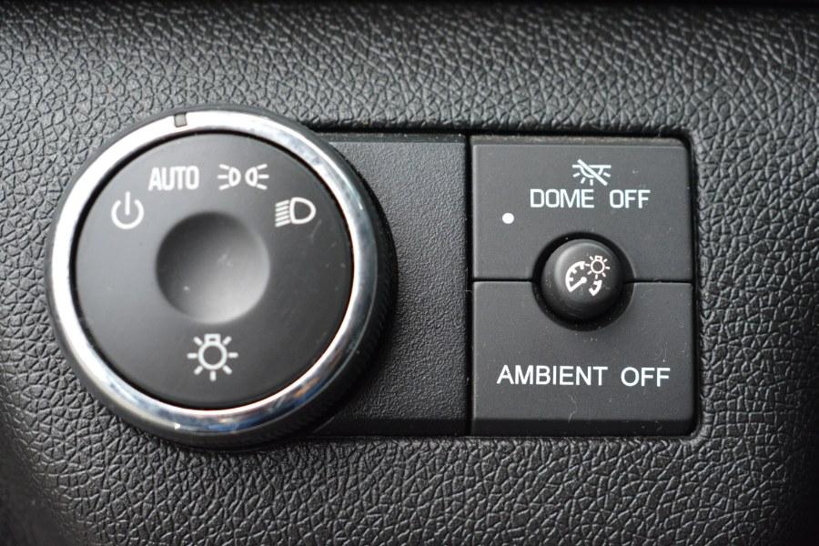 Used GMC Acadia AWD 4dr SLE2 2014 | Longmeadow Motor Cars. ENFIELD, Connecticut