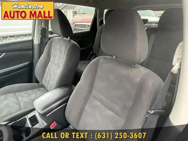 Used Nissan Rogue AWD 4dr SV 2016 | Huntington Auto Mall. Huntington Station, New York
