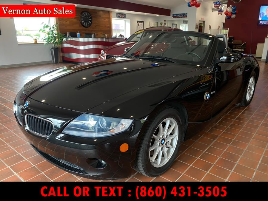 Used 2005 BMW Z4 in Manchester, Connecticut | Vernon Auto Sale & Service. Manchester, Connecticut