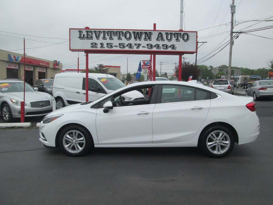 Used Chevrolet Cruze 4dr Sdn 1.4L LT w/1SD 2018 | Levittown Auto. Levittown, Pennsylvania