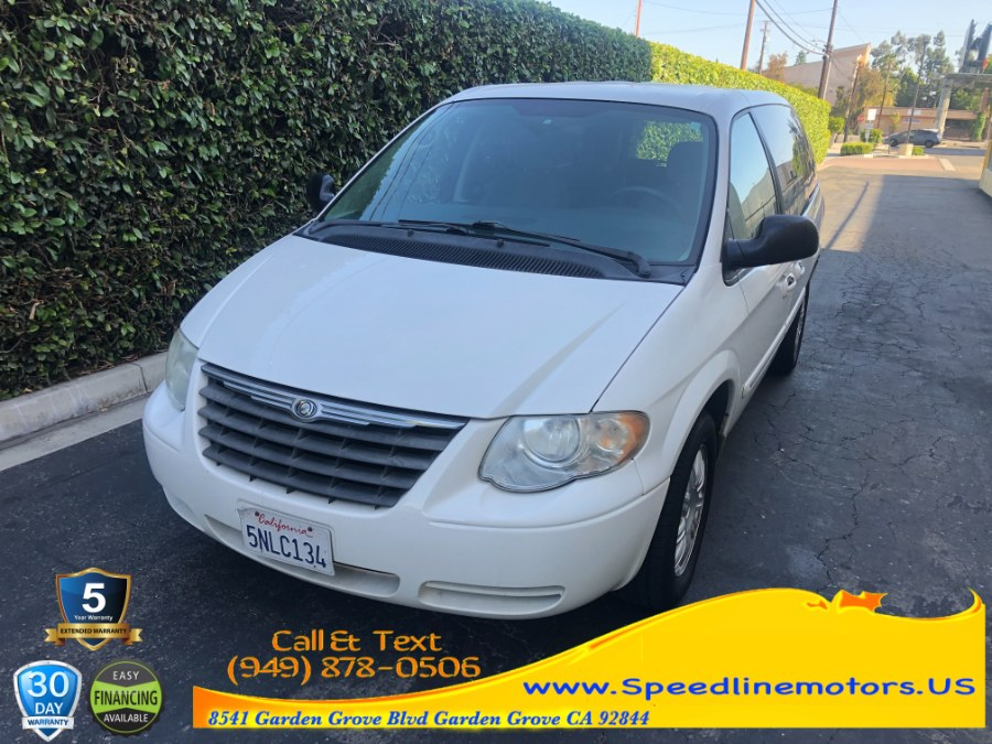 Used 2005 Chrysler Town & Country in Garden Grove, California | Speedline Motors. Garden Grove, California