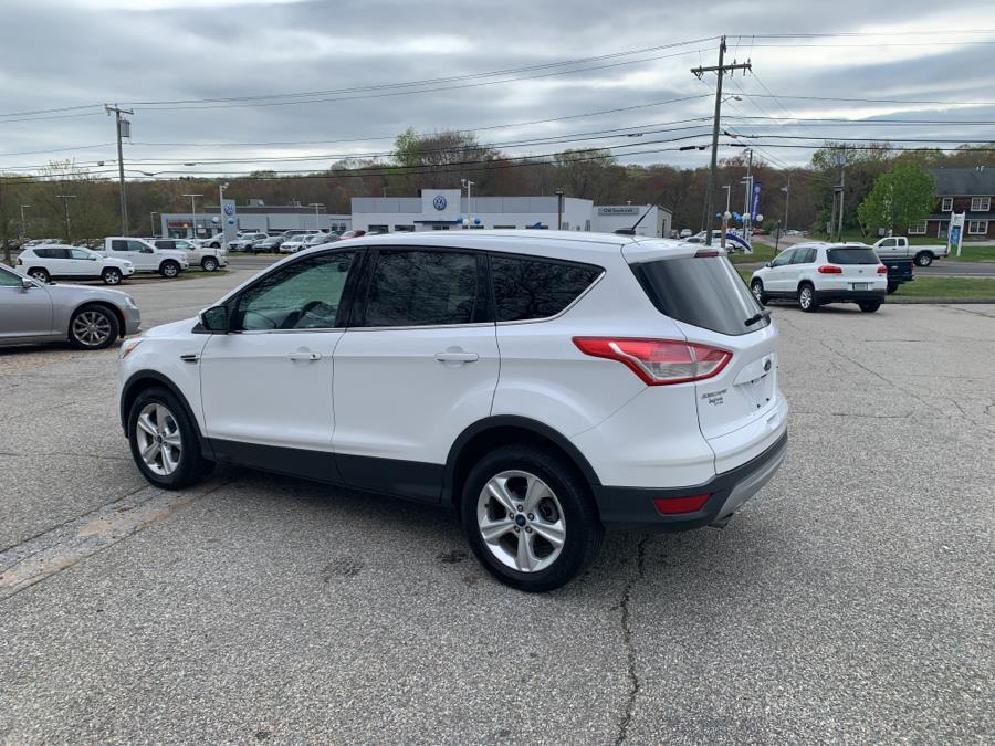 Used Ford Escape 4WD 4dr SE 2015   Saybrook Auto Barn. Old Saybrook, Connecticut