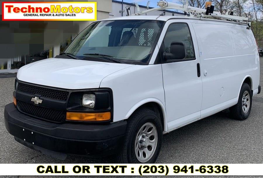 Used 2009 Chevrolet Express Cargo Van in Danbury , Connecticut | Techno Motors . Danbury , Connecticut