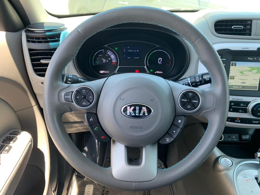 Used Kia Soul EV + Plus 2017 | Green Light Auto Wholesale. Daly City, California