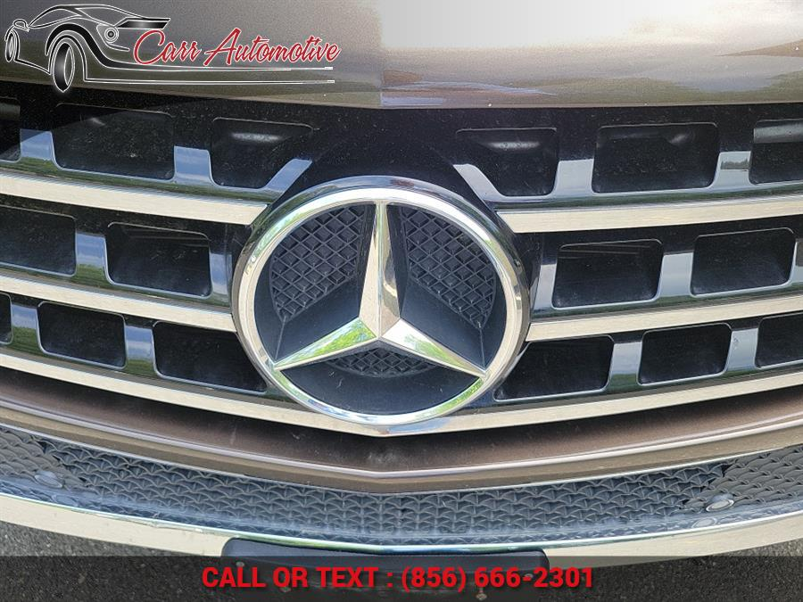 Used Mercedes-Benz M-Class 4MATIC 4dr ML350 2012 | Carr Automotive. Delran, New Jersey
