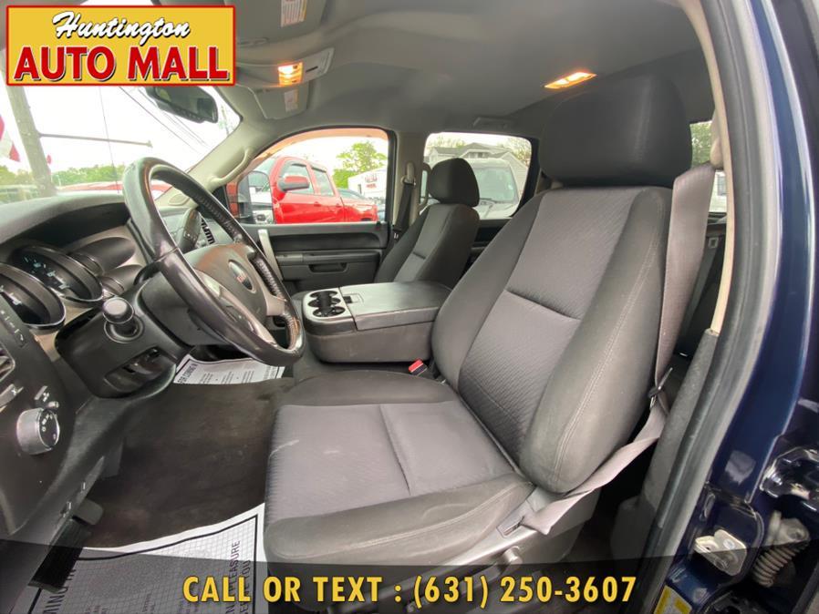 "Used GMC Sierra 2500HD 4WD Crew Cab 153"" SLE 2010 | Huntington Auto Mall. Huntington Station, New York"