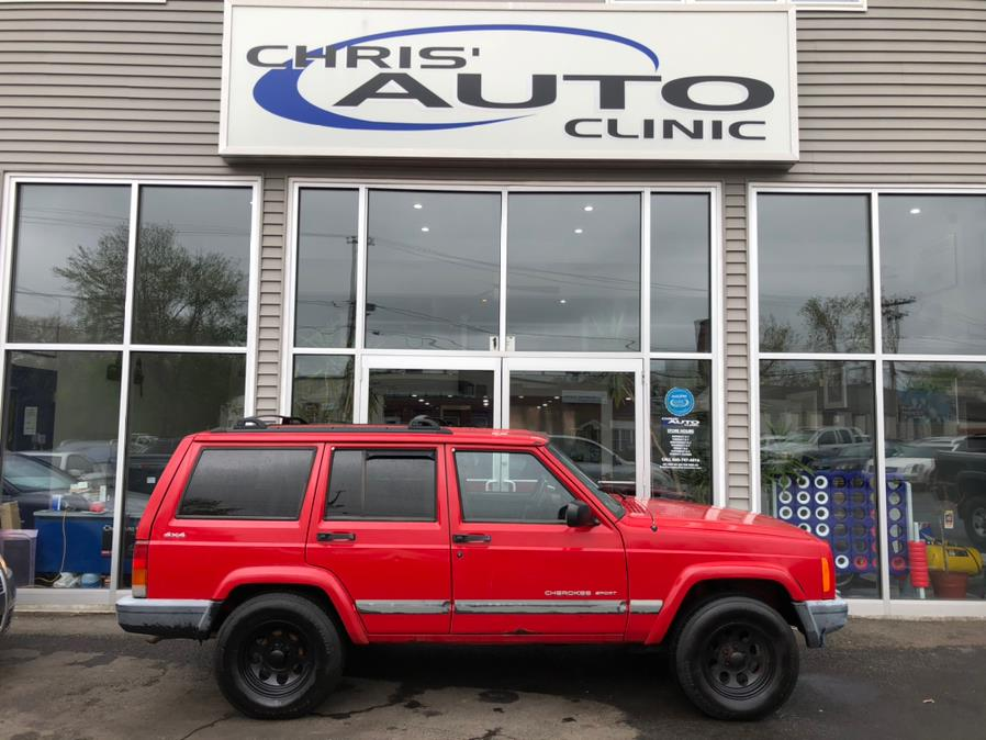 Used 2001 Jeep Cherokee in Plainville, Connecticut | Chris's Auto Clinic. Plainville, Connecticut