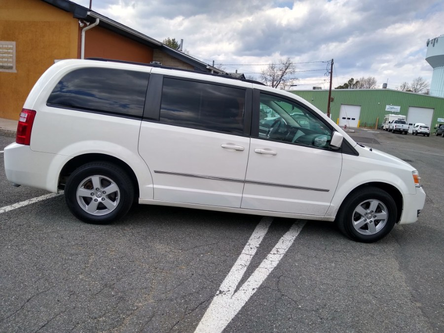 Used 2010 Dodge Grand Caravan in South Hadley, Massachusetts | Payless Auto Sale. South Hadley, Massachusetts