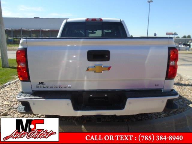 "Used Chevrolet Silverado 1500 4WD Crew Cab 143.5"" LT w/2LT 2018   M C Auto Outlet Inc. Colby, Kansas"