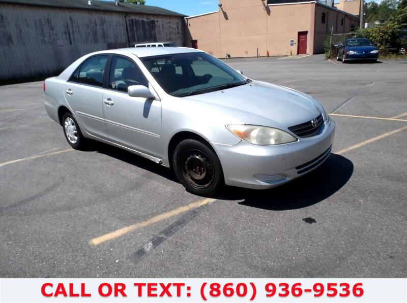 Used Toyota Camry LE 2002 | Lee Motors Sales Inc. Hartford, Connecticut