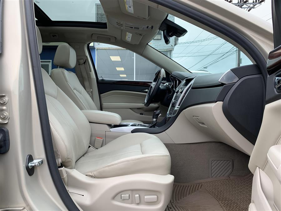 Used Cadillac Srx LUXURY COLLECTION 2010   Second Street Auto Sales Inc. Manchester, New Hampshire