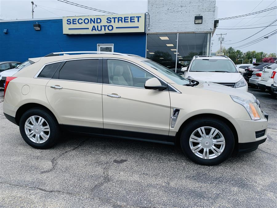 Used Cadillac Srx LUXURY COLLECTION 2010 | Second Street Auto Sales Inc. Manchester, New Hampshire