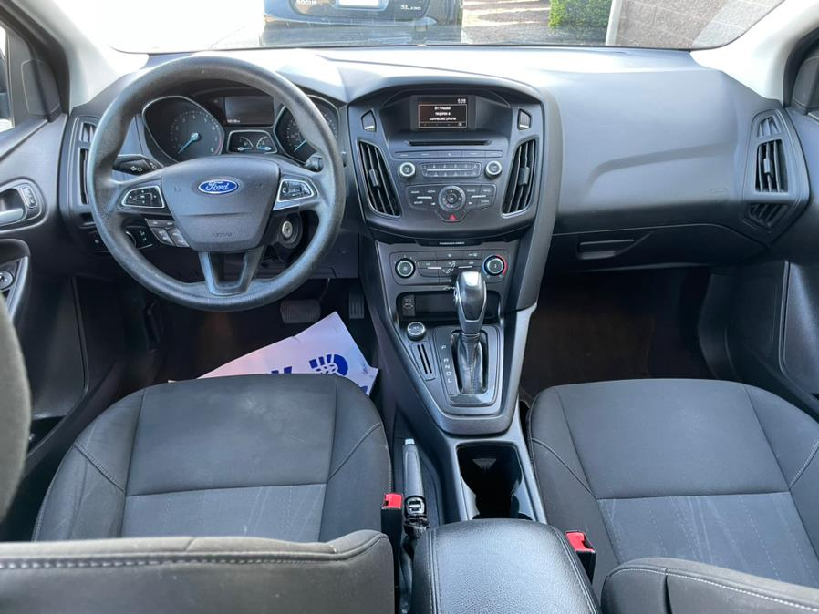 Used Ford Focus 4dr Sdn SE 2015 | Century Auto And Truck. East Windsor, Connecticut