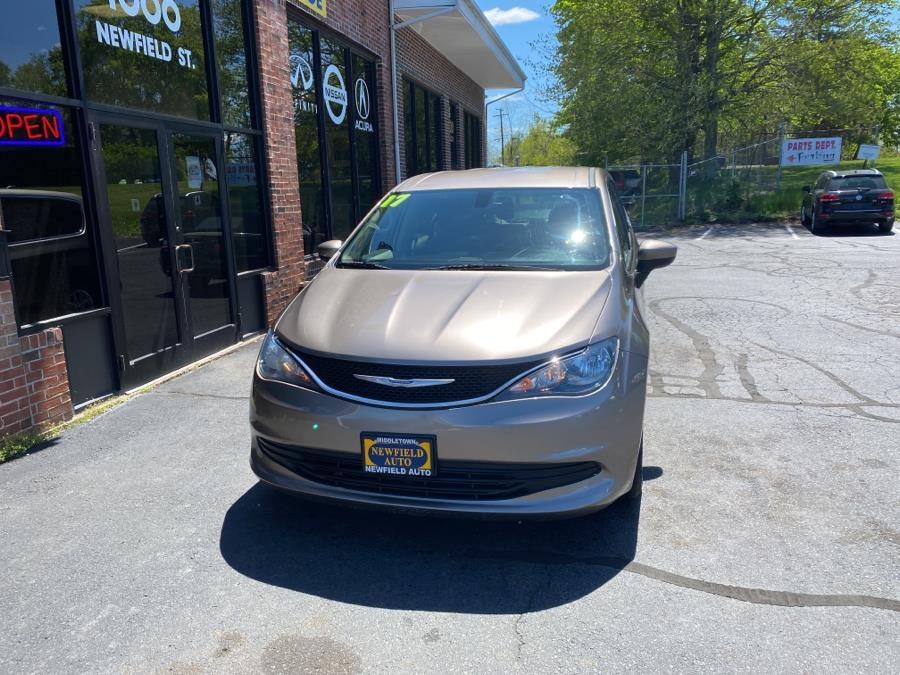 Used 2017 Chrysler Pacifica in Middletown, Connecticut | Newfield Auto Sales. Middletown, Connecticut