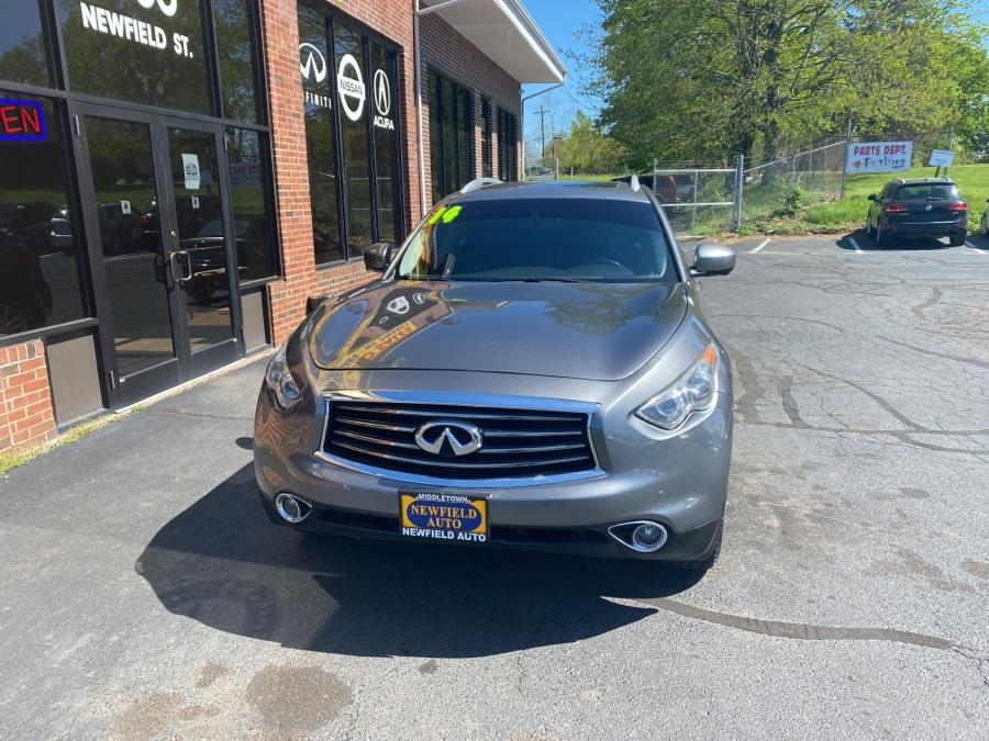 Used 2014 INFINITI QX70 in Middletown, Connecticut | Newfield Auto Sales. Middletown, Connecticut