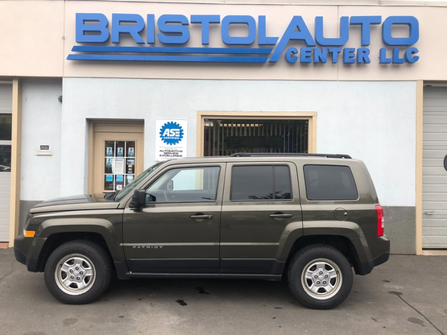 Used Jeep Patriot 4WD 4dr Sport 2016 | Bristol Auto Center LLC. Bristol, Connecticut
