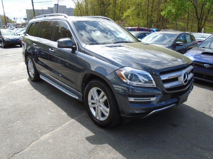 Used 2015 Mercedes-Benz GL-Class in Waterbury, Connecticut | Jim Juliani Motors. Waterbury, Connecticut
