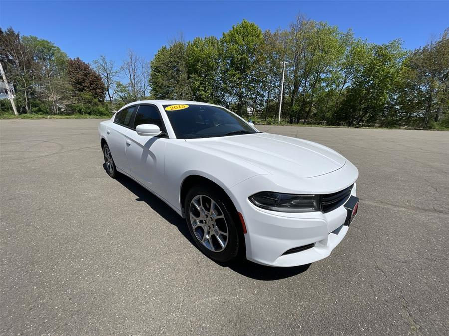 Used 2015 Dodge Charger in Stratford, Connecticut | Wiz Leasing Inc. Stratford, Connecticut