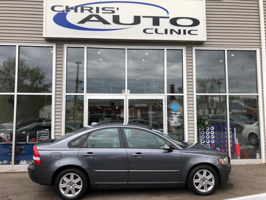 Used 2007 Volvo S40 in Plainville, Connecticut | Chris's Auto Clinic. Plainville, Connecticut