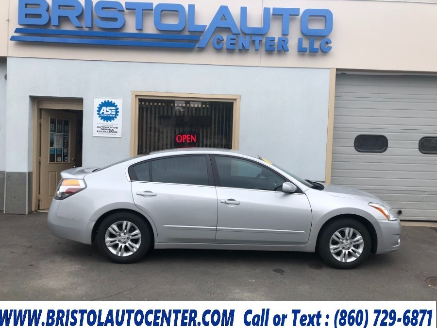 Used Nissan Altima 4dr Sdn I4 CVT 2.5 S 2011 | Bristol Auto Center LLC. Bristol, Connecticut